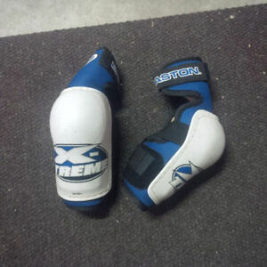 Boys, girls hockey ringette equipment, pads, skates Kitchener / Waterloo Kitchener Area image 4