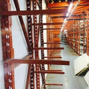 Racking cantilever redirack