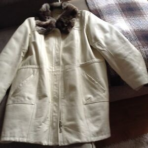 Ladies White Leather WINTER/SPRING/FALL Coat/DANIER SZ XL