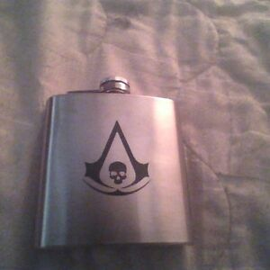 Assassin's creed Black flag flask