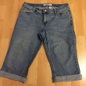 Denim Capris- size 13/14