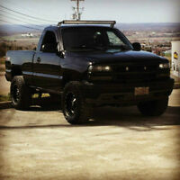 2000 Chevrolet Silverado Lifted 33's