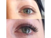 Mobile LVL lash technician