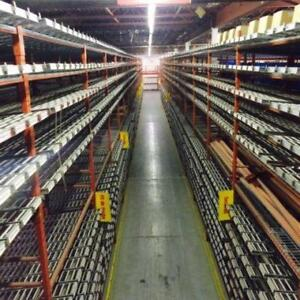 Lot de racking industriel
