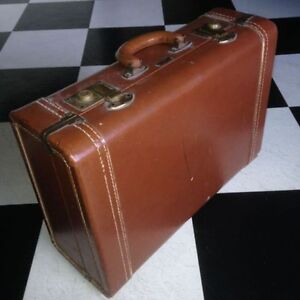 Christie Bros LEATHER Suitcase circa 1959