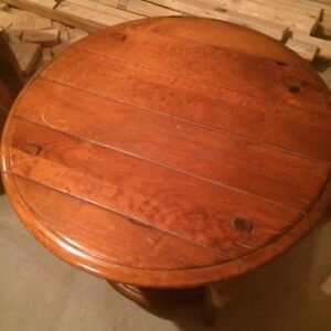 Very nice and solid side tables London Ontario image 3