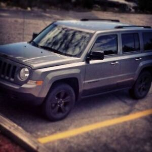 2011 Jeep Patriot North - REMOTE START - NEW 2 sets of tires!
