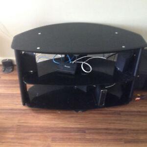 Black glass tv stand Kitchener / Waterloo Kitchener Area image 1