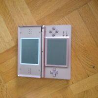 Nintendo DS rose + accessoires !!