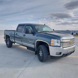 2011 Chevrolet Silverado 2500HD LTZ Diesel Leather sunroof navi