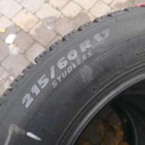 4 x Michelin X-Ice 215/60 R17 winter tires