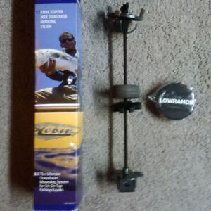 NEW LOWRANCE KAYAK SCUPPER HOLE TRANSDUCER MOUNTING SYSTEM
