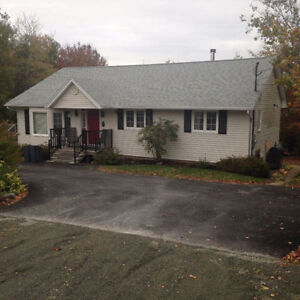 Fall River flat available Dec 1st - April 1st or Monthly