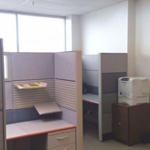 Office Cubicle for Rent - Richmond Hill (Hwy7 & Leslie)