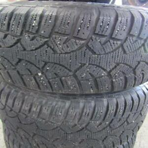 2010 Toyota RAV4 Winter Tire Package on Rims 215/70/16 90% Tread