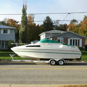 Four Winns 24.5ft Fam. Cruiser incl. EZ Hauler trailer