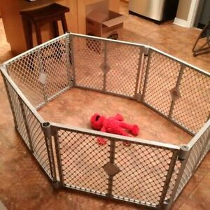 play yard buy or sell gates monitors in ontario kijiji classifieds. Black Bedroom Furniture Sets. Home Design Ideas