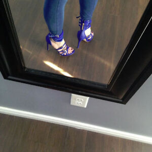 NEW SEXY BLUE HEELS SIZE 9
