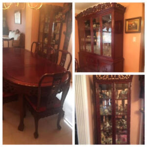 Asian Style Dining Table 12 Chairs Hutch Curio Cabi Cabis And Furniture In Toronto Gta Kijiji