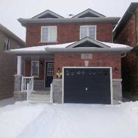 BRADFORD 3 YRS NEW FULL DETACHED FOR RENT! PRIME LOCATION!!