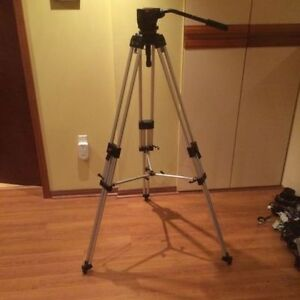 Manfrotto Video Tripod and Head - Mint