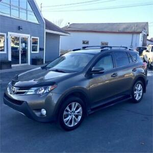 2014 Toyota RAV4 Limited Fully loaded w nav and power liftgate
