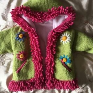 Woollen girl's cute hooded sweater size 2T. AVAILABLE