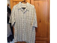 Quicksilver shirt size large