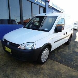 2011 Holden Combo XC MY11 White 5 Speed Manual Van Croydon Burwood Area Preview