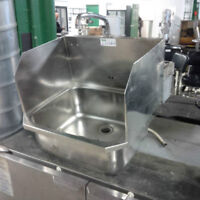 Commercial Hand Sink w/ Side Guards and Foot Pedal