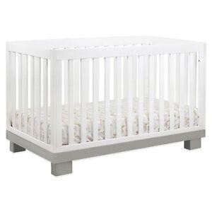 Urbain Convertible Crib (White/Grey)