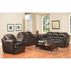 ~ BRAND NEW ~ IN PACKAGING 3 pc Leather Sofa set -Made in Canada