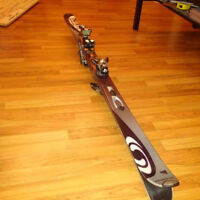 Salomon Verse 10 Pilot skis with poles, bindings and boots