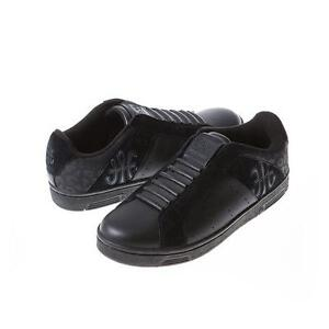 Royal Elastics REAL leather sneakers size 7 Kitchener / Waterloo Kitchener Area image 1