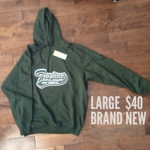 West Ferris Hoodie & Long Sleeved Shirt