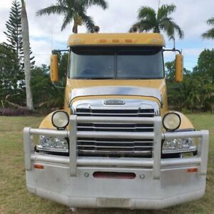 2006 Freightliner Century Class CST120 CLASS Yellow Prime Mover 0.6l 6x4 Alberton Gold Coast North Preview