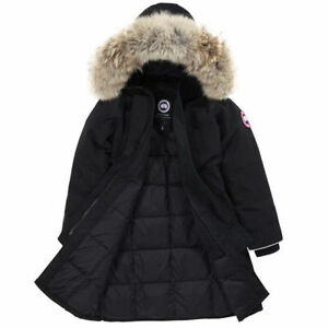 Canada Goose Brittania Parka (Women's XS) - PERFECT CONDITION London Ontario image 2