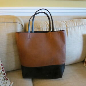 Leather tote like new condition