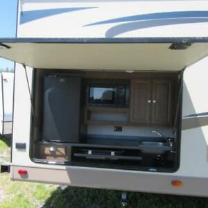 2016 Flagstaff 829IKRBS Travel Trailer