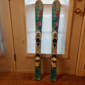 Girls Volkl Chica Skis (100 cms).  Great Condition!