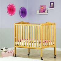 BRAND NEW Dream On Me 2 in 1 Folding Stationary Side Crib (178)