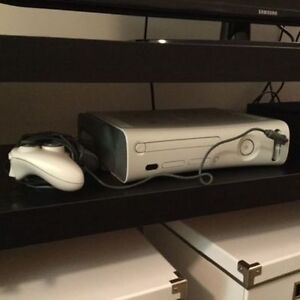 Xbox 360 + games and controller