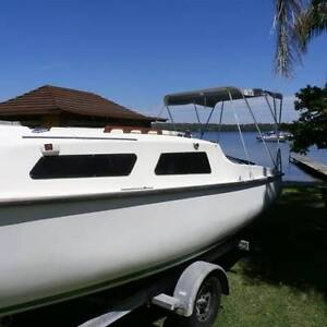 Rl 24 trailer sailer Mannering Park Wyong Area Preview