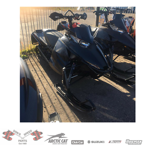 PRE-OWNED 2013 ARCTIC CAT XF 8000 SNO PRO LIMITED ELECTRIC START