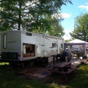 2012 Cherokee 32 Ft Double slide Bunkhouse Trailer