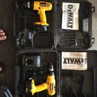 Dewalt 14.4v drill with two battery & 1 charger