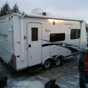 Early Bird Special, 2010 Jayco 19ft Hybrid Trailer $6950