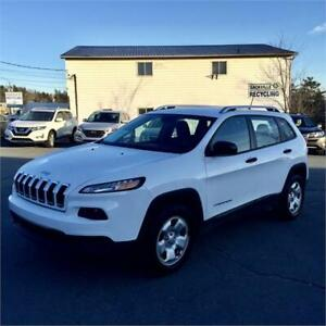 2014 Jeep Cherokee Sport 4X4 with/heated seats/backup cam