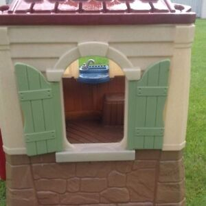 Basically new playhouse....Perfect Condition. Strathcona County Edmonton Area image 6