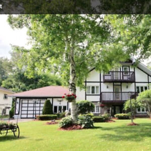 Large Family Home For Sale in Beautiful Brighton!!!!